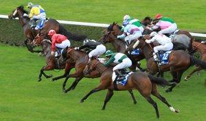 pferderennen mit jockeys